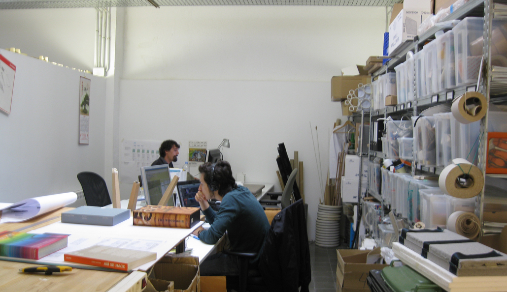 0395-typical office